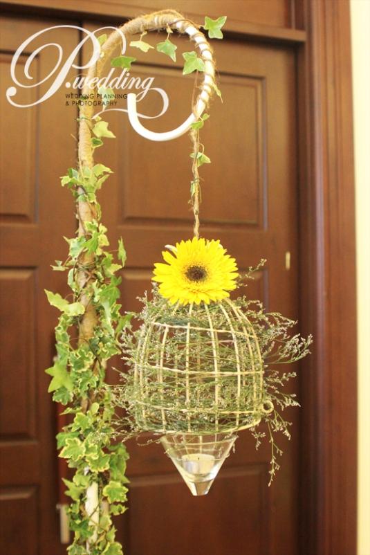Những biến tấu đẹp bất ngờ của hoa trang trí tiệc cưới